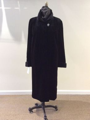 Lot 039 Black Sheared Mink w/Grooved Cuffs/Collar Let Out Size Med Length 45 inches Sleeve 30 inches Sweep 60 inches Style 2906