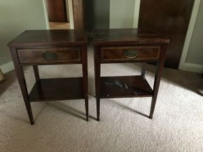 Lot 097 Lot of 2 Side Tables ITEM CAN BE PICKED UP IN WEST HEMPSTEAD