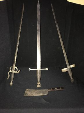 Lot 052 Lot of Swords and Hatchets  ITEM CAN BE PICKED UP IN GARDEN CITY