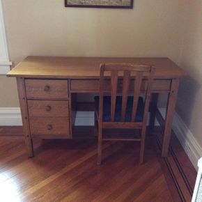 Lot 079 Thomasville Oak Desk  54L x 30.5H x 24D   ITEMS TO BE PICKED UP IN GARDEN CITY