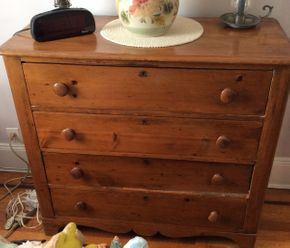 Lot 008 Pine 4 Drawer Dresser Some Damage to Drawers 35hx17.5dx39w ITEMS TO BE PICKED UP IN WEST HEMPSTEAD