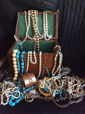 Lot 013 Lot of Costume Jewelry ITEMS TO BE PICKED UP IN WEST HEMPSTEAD