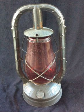 Lot 027 Dietz Lantern with Original Globe Approx 14.25in Tall ITEMS TO BE PICKED UP IN WEST HEMPSTEAD