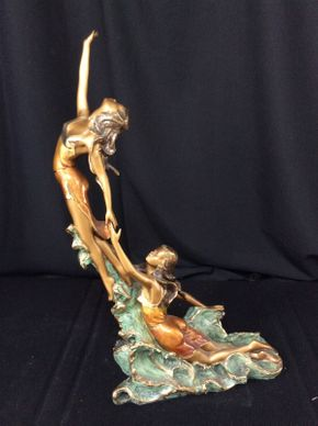 Lot 063 Basso Bronze Sculpture 28.5in Tall ITEMS TO BE PICKED UP IN MANHASSET HILLS