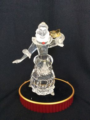 Lot 092 Swarovski Crystal Belle Figurine 7in Tall  ITEMS TO BE PICKED UP IN MANHASSET HILLS