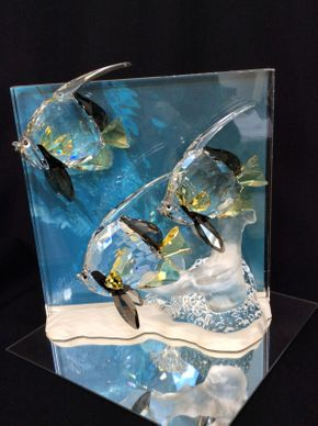 Lot 094 Swarovski Wonders Of The Sea Angel Fish 8in Tall   ITEMS TO BE PICKED UP IN MANHASSET HILLS