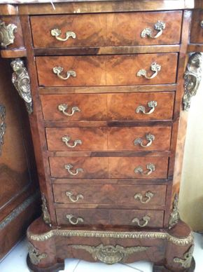 Lot 115 Mounted Marble Top Antique Lingerie Chest  2ftwx38.5hx18d ITEMS TO BE PICKED UP IN MANHASSET HILLS