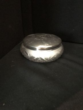 Lot 024 Sterling Monogrammed Powder Jar ITEM CAN BE PICKED UP IN FOREST HILLS