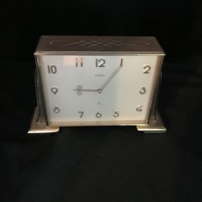 Lot 026 Semca Clock ITEM CAN BE PICKED UP IN FOREST HILLS