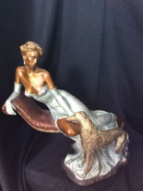 Lot 127 Bronze Statue Of A Woman and Her Dog 19hx21w  ITEMS TO BE PICKED UP IN MANHASSET HILLS