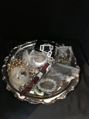 Lot 037 Lot of Costume Jewelry Including Sterling Silver Purses ITEM CAN BE PICKED UP IN FOREST HILLS
