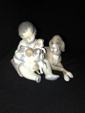 Lot 035 Lladro New Playmtes Figurine 5456 ITEM CAN BE PICKED UP IN GARDEN CITY
