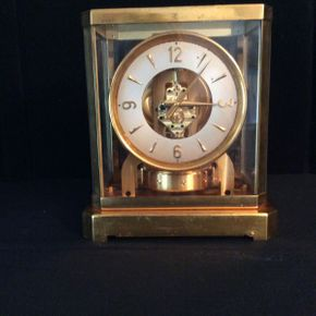 Lot 012 LeCoultre Atmos Clock Model 528-8 9 1/4x7.5 Some Wear To Case Not Tested  ITEMS CAN BE PICKED UP IN RVC