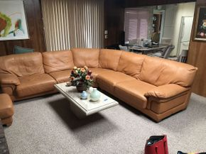 Lot 018 Leather Sectional  ITEM CAN BE PICKED UP IN JERICHO