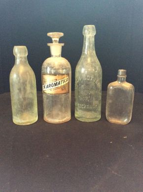Lot 033 Lot of 4 Antique Glass Bottles  ITEMS TO BE PICKED UP IN WEST HEMPSTEAD