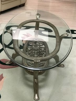 Lot 034 Glass and Metal Coffee Table ITEM CAN BE PICKED UP IN JERICHO