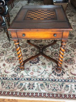 Lot 037 Mahogany Game Table With Sliding Top and 2 Drawers Baker?  34x27x29.5   ITEMS TO BE PICKED UP IN EAST HILLS