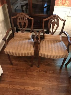 Lot 024 Lot of 2 Mahogany Dining Room Arm Chairs with Upholstered Seats  ITEM CAN BE PICKED UP IN GARDEN CITY