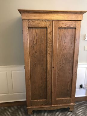 Lot 031 5 Shelved Armoire with Key  Frame ITEM CAN BE PICKED UP IN GARDEN CITY