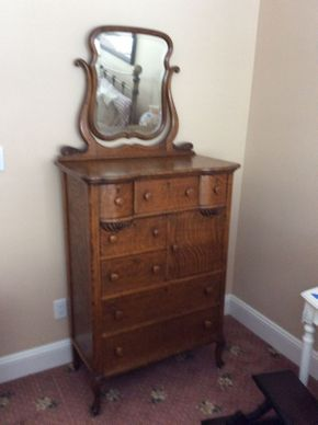 Lot 053 Antique Oak 7 Drawer Dresser with 1 Door 33x48 and with Mirror 72 Tall    ITEMS TO BE PICKED UP IN EAST HILLS