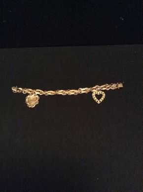 Lot 050 14K Gold Charm Bracelet Approx 11DWT 7.5in Long  ITEMS TO BE PICKED UP IN GARDEN CITY