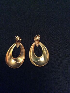 Lot 054 14K Gold Earrings 2 DWT ITEMS TO BE PICKED UP IN GARDEN CITY