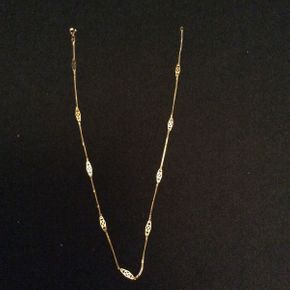 Lot 062 14K Gold 16in Decorative Necklace 1 DWT  ITEM TO BE PICKED UP IN GARDEN CITY