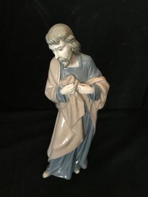 Lot 013 Lladro Saint Joseph 306 10.75 Inches Tall. PICK UP IN LAKE GROVE