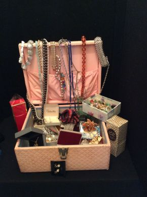 Lot 066 Lot of Costume Jewelry with Perfume ITEM TO BE PICKED UP IN GARDEN CITY