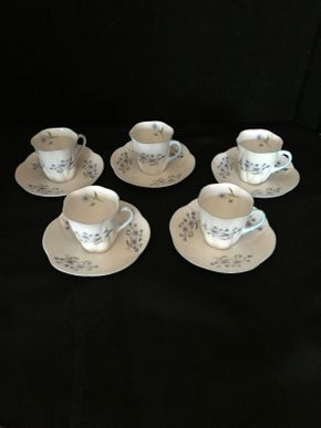 Lot 020 Lot of Five Vintage Shelley Teacups 2.5 Inches Tall. Saucers 4.75 Inches Tall. PICK UP IN LAKE GROVE.