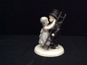 Lot 013 Metzler and Ortloff Porcelain Boy and Girl Figurine  ITEM CAN BE PICKED UP IN GARDEN CITY
