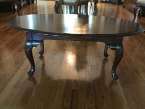Lot 027 Oval Wood Coffee Table. Approx 25.5H X 21W X 27 L. PICK UP IN HUNTINGTON
