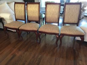 Lot 030 Lot Of Four Upholstered Dining Room Chairs. Approx 43H X 21.5W X 22.5L. PICK UP IN HUNTINGTON.