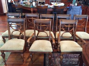 Lot 028 Lot of 6 Wood Dining Room Side Chairs and 2 Arm Chairs AS IS  ITEM TO BE PICKED UP IN ATLANTIC BEACH