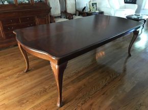 Lot 032 Dining Room Table With Pads And One Leaf AS IS With Scratches. Approx 31H X 43.5W X 93L. Leaf 44.75L X 20W. PICK UP IN HUNTINGTON