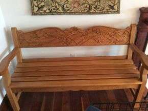 Lot 036 Hand Carved Wood Bench ITEM CAN BE PICKED UP IN ATLANTIC BEACH