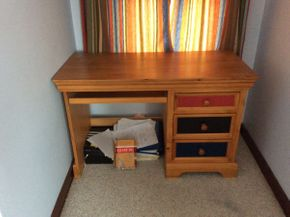 Lot 040 Pine 3 Drawer Desk With Pull Out Keyboard ITEM CAN BE PICKED UP IN ATLANTIC BEACH