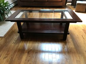 Lot 044 Glass And Wood Coffee Table. 17.5H X 24W X 50L. PICK UP IN HUNTINGTON.