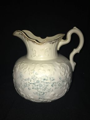 Lot 024 Antique TRILBY Pitcher 11 Inches Tall PICK UP IN EAST MEADOW