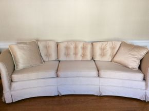 Lot 065 Ethan Allen Custom Made Upholstered Sofa ITEM CAN BE PICKED UP IN ROCKVILLE CENTRE