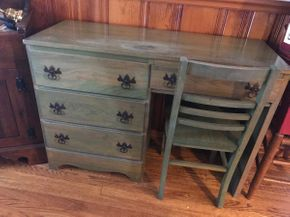 Lot 029 Pickled Pine 4 Drawer Desk and Chair 30H x 17W x 43.5L PICK UP IN EAST MEADOW