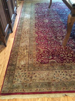Lot 023 Machine made Rug  ITEM CAN BE PICKED UP IN ROCKVILLE CENTRE