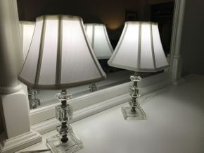 Lot 047 Pair Of Lucite Lamps 14.5 Inches Tall PICK UP IN ROCKVILLE CENTRE