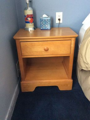 Lot 030 Stanley Pine Night Stand ITEM CAN BE PICKED UP IN ROCKVILLE CENTRE