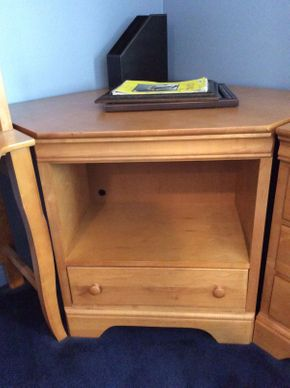 Lot 031 Stanley Pine Corner Cabinet ITEM CAN BE PICKED UP IN ROCKVILLE CENTRE