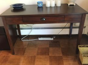 Lot 061 Writing Desk 31Hx 24W x 50L PICK UP IN ROCKVILLE CENTRE