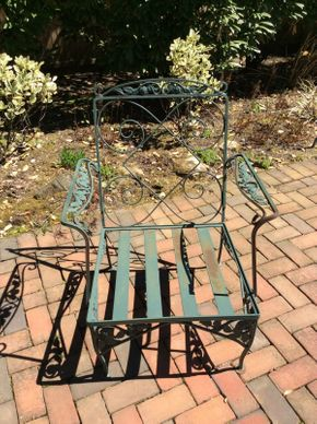 Lot 048 Wrought Iron Green Arm Chair ITEM CAN BE PICKED UP IN ROCKVILLE CENTRE