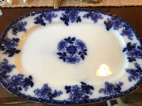 Lot 073 Luzerne Platter Small Chip AS IS PICK UP IN ROCKVILLE CENTRE