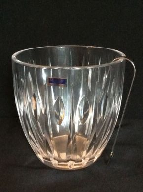Lot 049 Waterford Marque Ice Bucket ITEM CAN BE PICKED UP IN GARDEN CITY