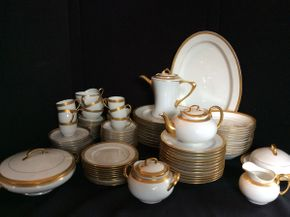 Lot 079 Lot of Hutschenruther Bavaria Fine China  ITEM CAN BE PICKED UP IN GARDEN CITY